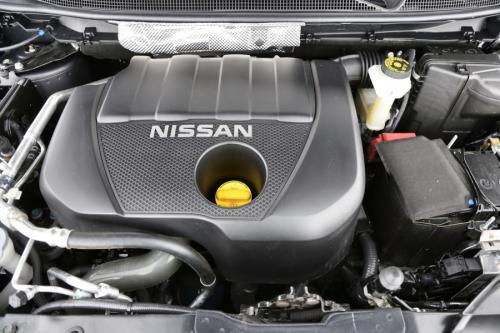 NISSAN Qashqai 1.2 DIG-T + AIRCO + GPS + CRUISE + AVM + PDC + LEDER