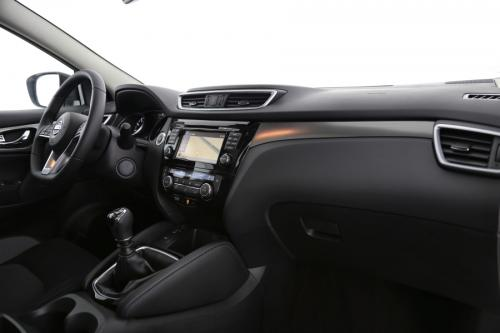 NISSAN New Qashqai 1.6 DIG-T N-CONNECTA + DESIGN PACK
