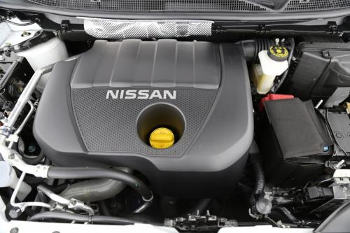 NISSAN Qashqai 1.6 DCI  TEKNA + LEDER + AVM + GPS +  PANO + CRUISE +