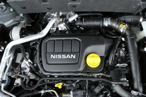 NISSAN X-Trail 1.6 MT 163 PK TEKNA + 7 SEATS + FULL OPTION